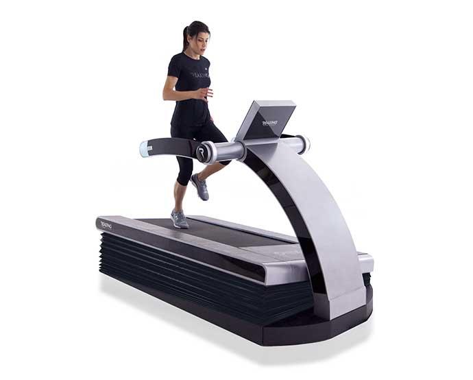 Reax Run Il Primo Treadmill Che Riproduce Indoor Una Corsa Off Road
